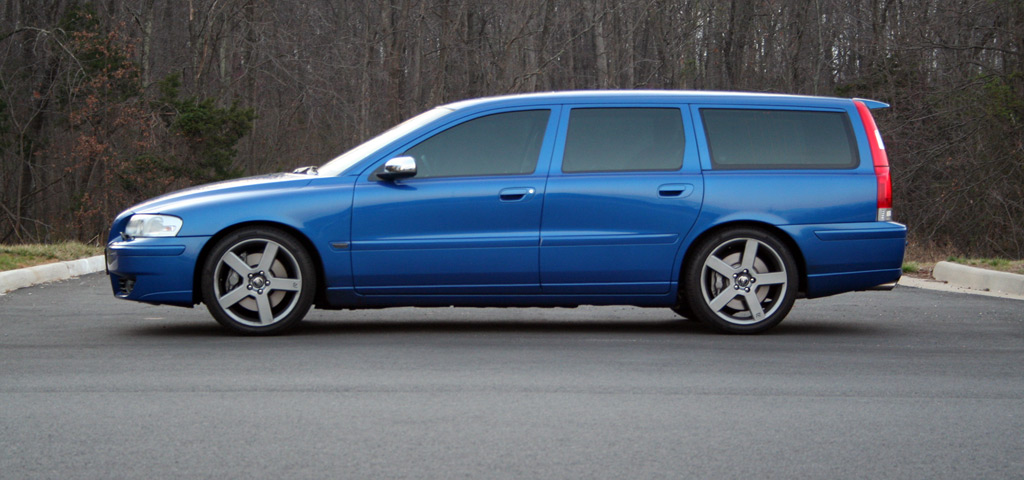 2007 V70R, Passion Red (daily)